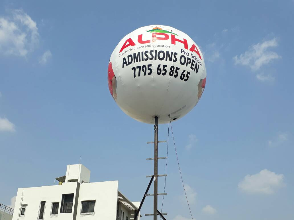 poleinflatableballoon